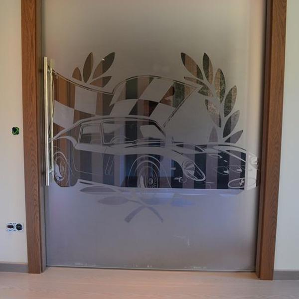 Drzwi, meble