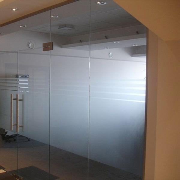 Ścianki działowe, podłogi szklane