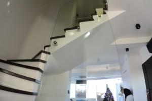 szklana balustrada 237