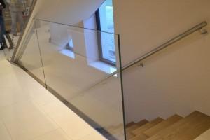 szklana balustrada 241