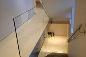 szklana balustrada 242