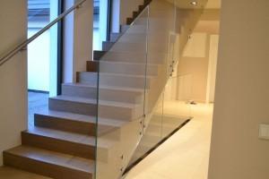 szklana balustrada 275