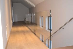 szklana balustrada 277