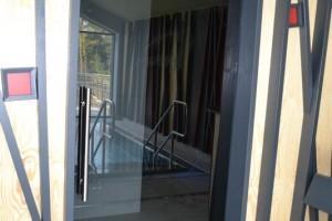 szklane drzwi sciany 16