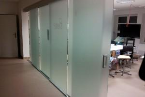 szklane drzwi sciany 42