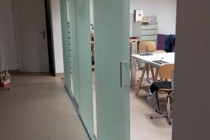 szklane drzwi sciany 43