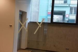 szklane drzwi sciany 56