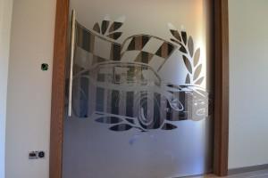 szklane drzwi sciany 89