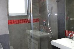 kabiny prysznicowe parawany 0