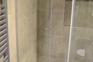 kabiny prysznicowe parawany 54