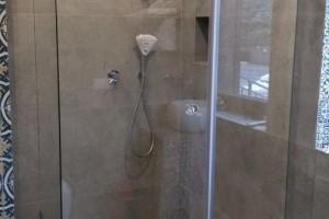 kabiny prysznicowe parawany 85