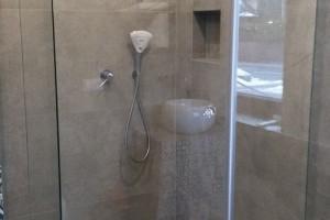 kabiny prysznicowe parawany 88